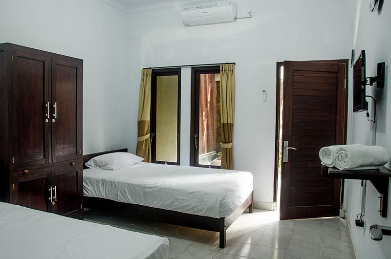 Twin or King size bed room