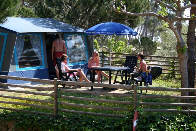Camping Internacional de Calonge Tentholidays, holiday rental in Calonge