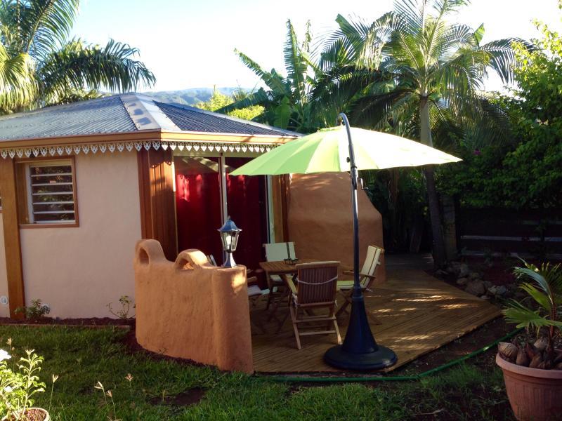 Ti Caze Dodo, petite case créole avec une grande terrasse