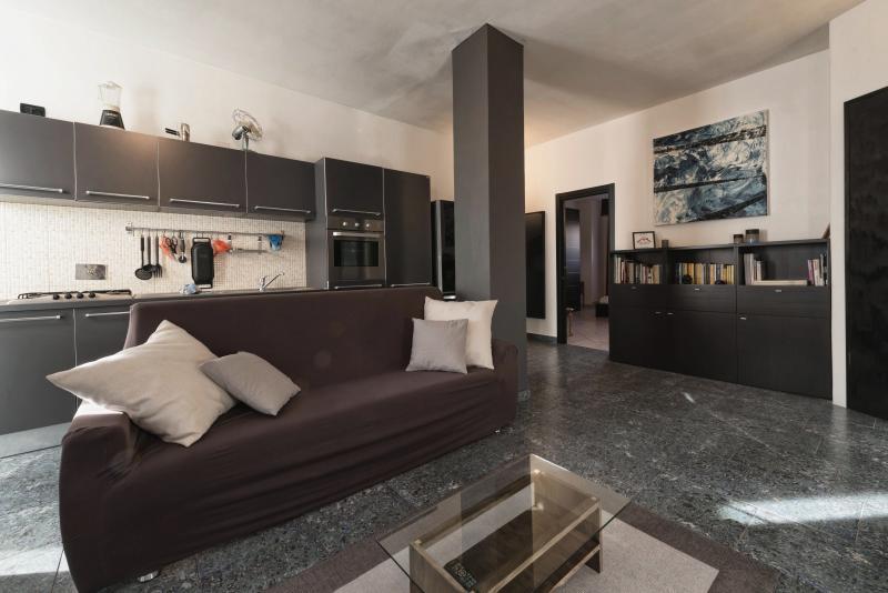 Snug House - Torino Lingotto, vacation rental in Carignano