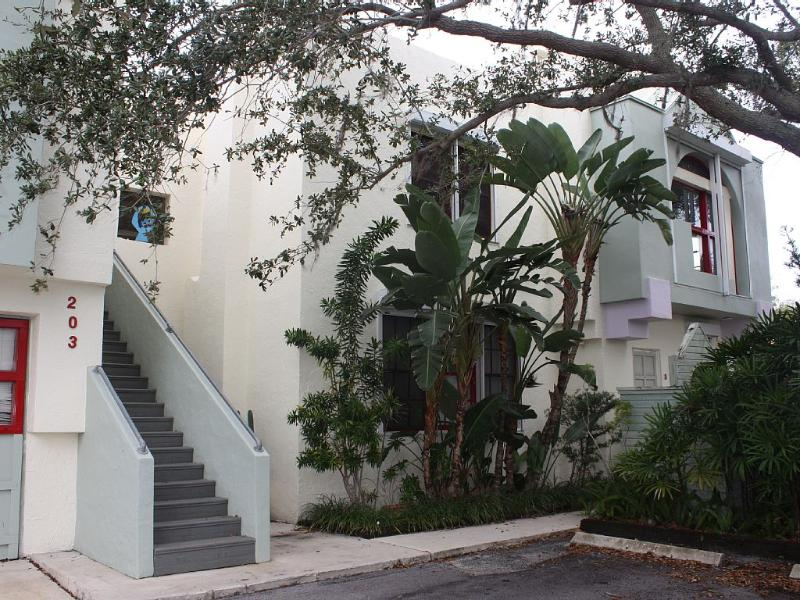 Museum apartment 2 updated 2019 1 bedroom apartment in - 2 bedroom suites in west palm beach fl ...