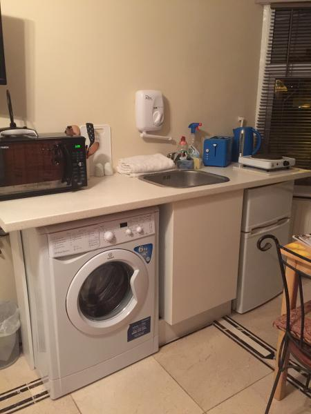 Washing Machine & Fridge - Freezer