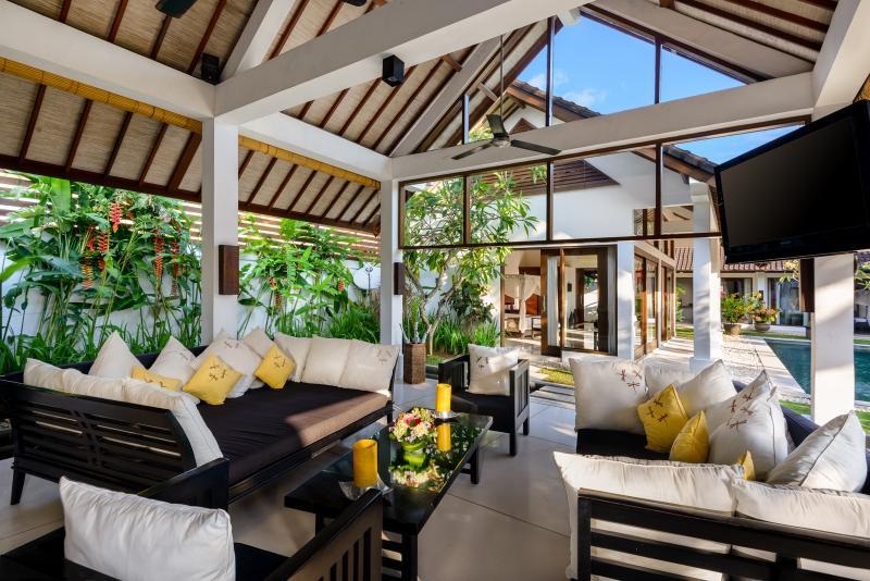 Bali Villa Noa Seminyak Has Washer And Air Conditioning Updated 2021 Tripadvisor Seminyak Vacation Rental
