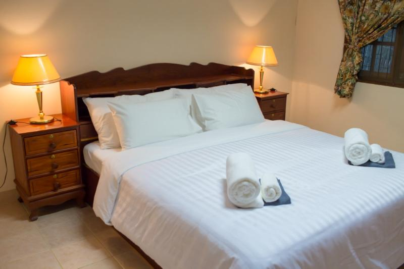 We provide 4 large air-conditioned bedrooms with 3 King sized and 1 Queen sized beds.