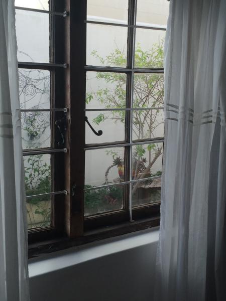 Bedroom wjndow