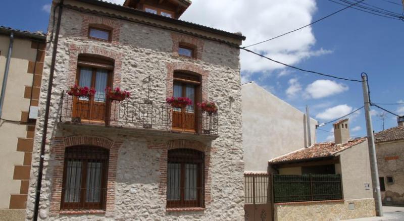 Casa rural san roque seb lcor espa a actualizado 2019 alquileres vacacionales en seb lcor - Casas vacacionales madrid ...