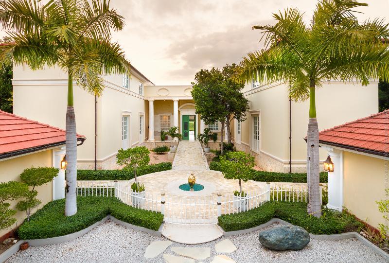 Welcome to Villa Celeste