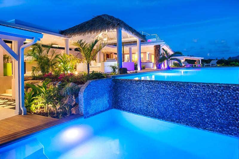 Bahia Blue.. 4BR vacation rental in Terres Basses, St Martin
