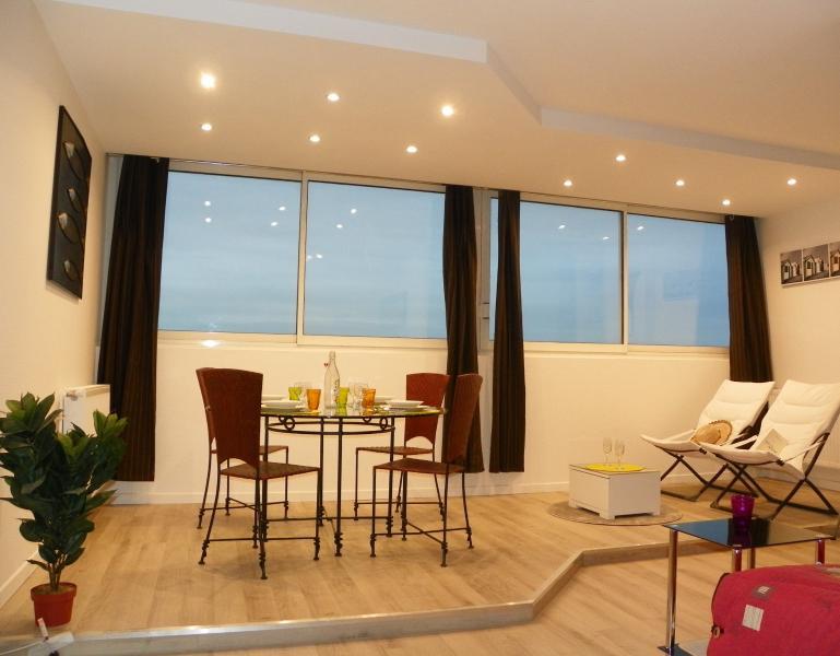 EU1 - Modern and comfortable apartment in La Rochelle (48 m²), casa vacanza a Nieul sur Mer