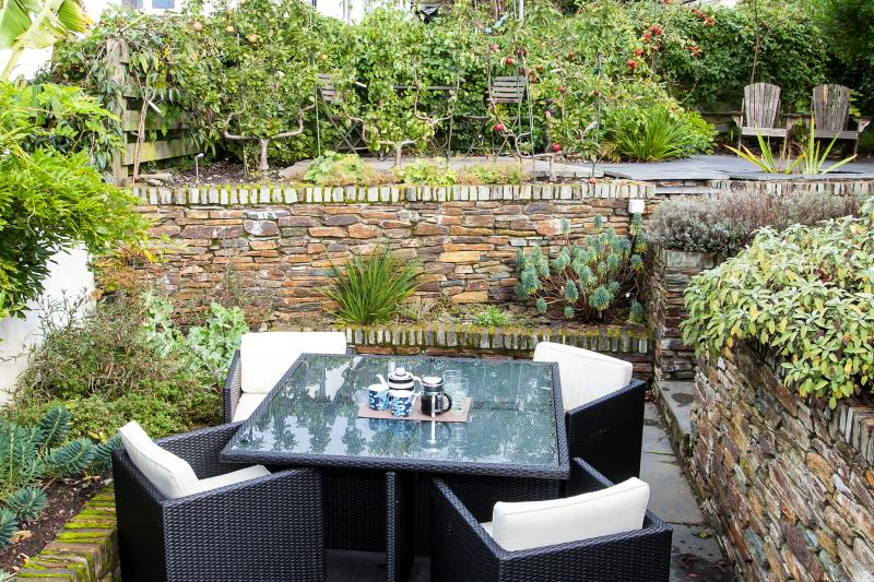 Al-fresco dining or afternoon drinks on the terrace