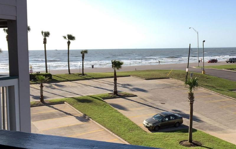 Beachfront Suite Galveston Island No