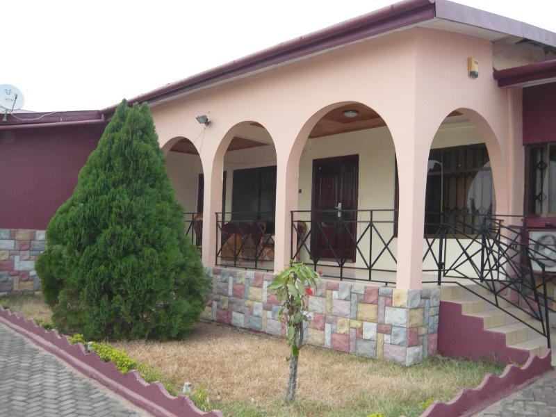 3 BEDROOM HOUSE IN KUMASI, vacation rental in Ashanti Region