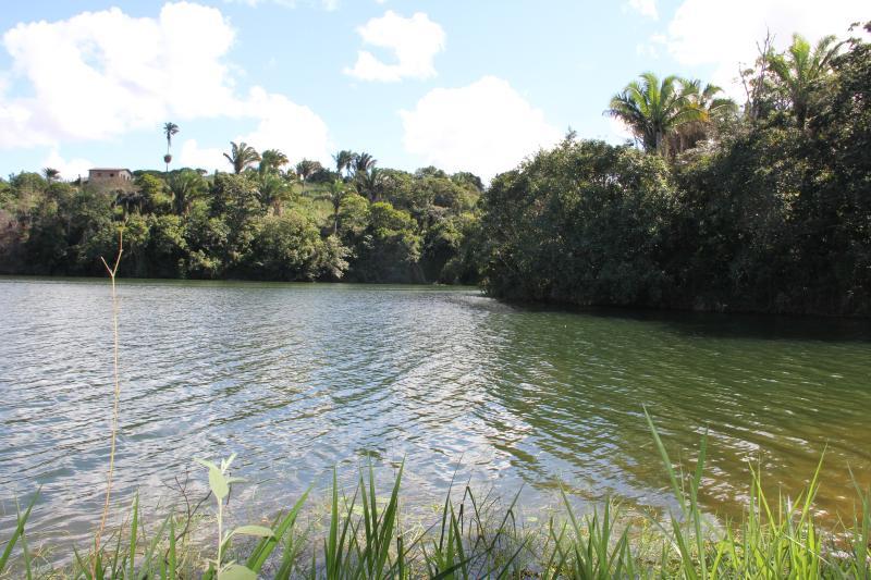 The lake close the house!