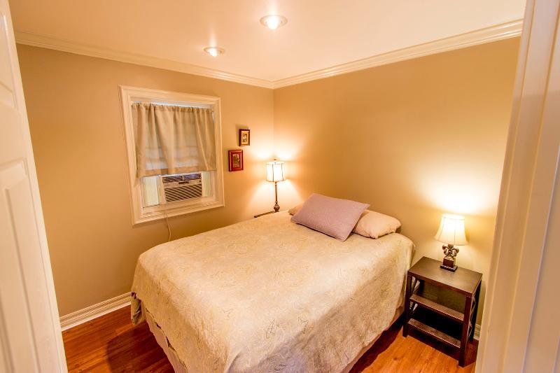Dormitorio (cama Queen)