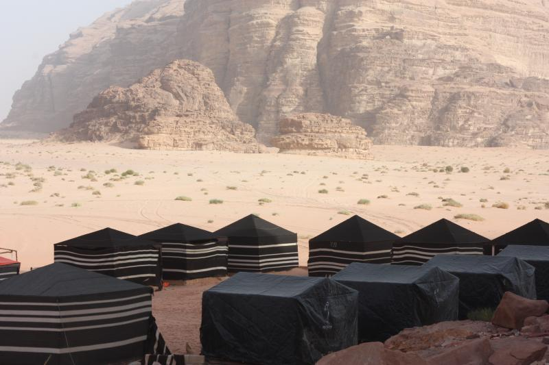 Serenity Bedouin Camp & Tours - Wadi Rum, holiday rental in Jordan