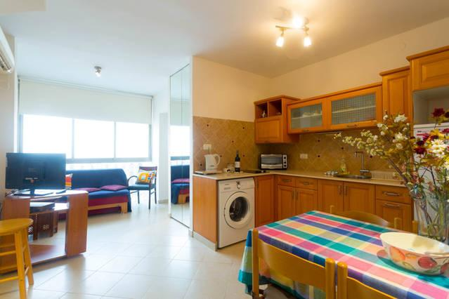 One bedroom Apartment #22, alquiler de vacaciones en Kfar Saba