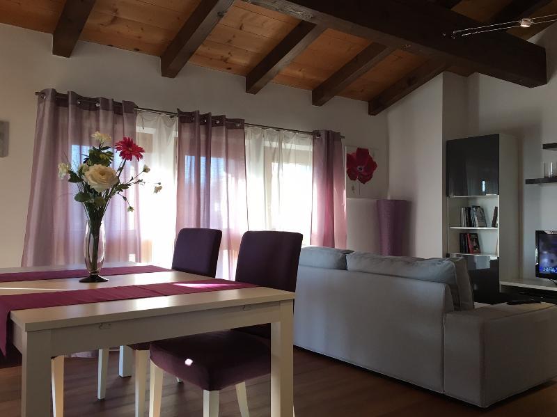 Splendido appartamento a Tricesimo (Udine Nord), location de vacances à Nimis