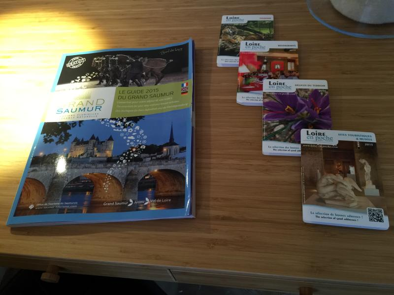 Local guides are available in the apartment