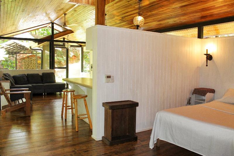 LE concept de distribution BLUE HOUSE ouvert avec vue sur la Jungle