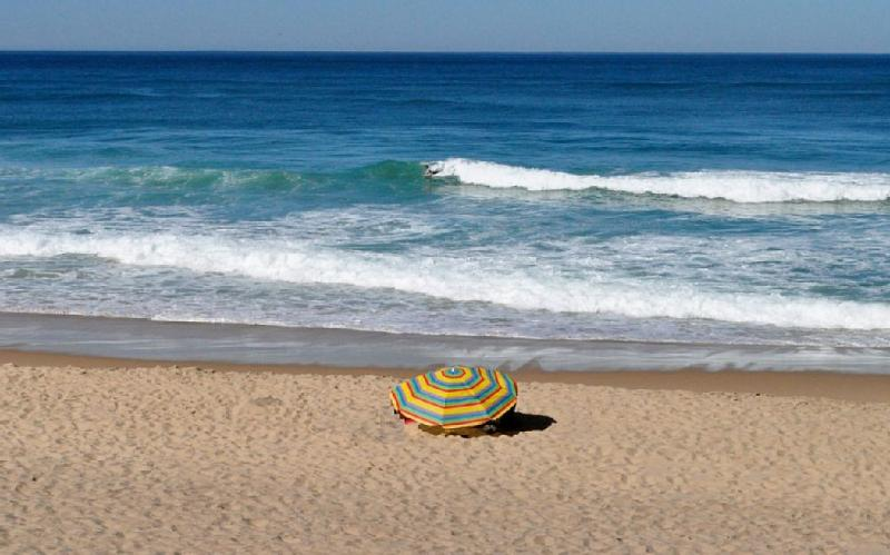 Praia Grande (12 minutes' drive)