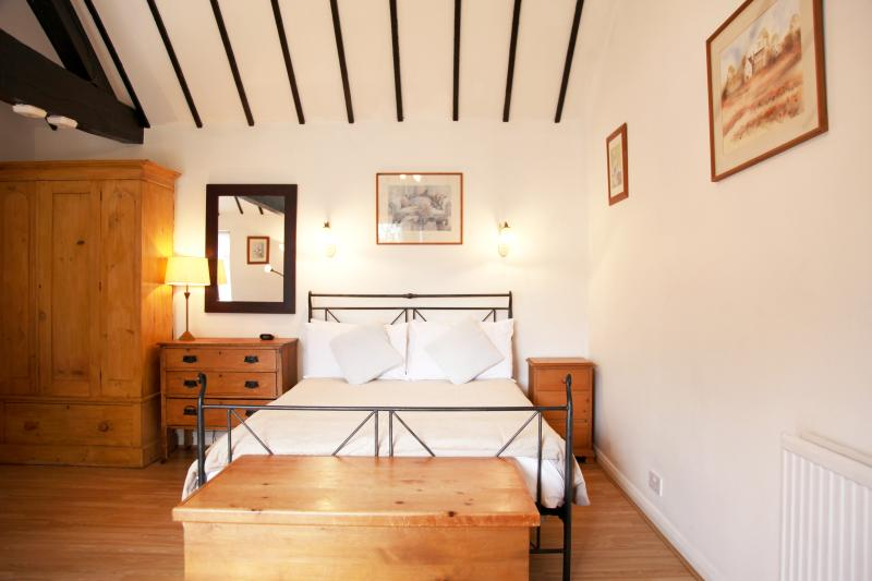 Studio Apartment, Cottage 4, sleeps 2 plus child, location de vacances à Cookham Dean