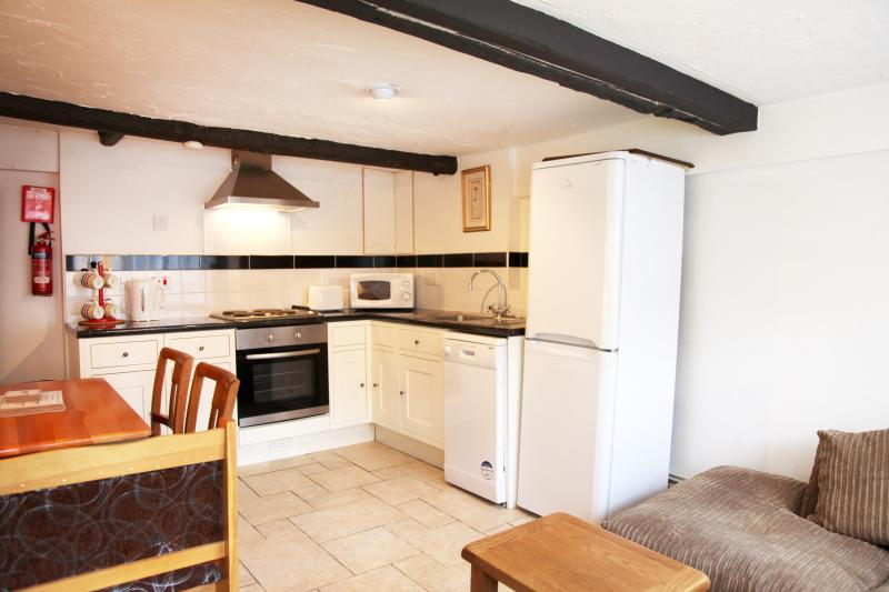 3 bed appt, sleeps 6, West Wing Sheephouse Manor, location de vacances à Cookham Dean
