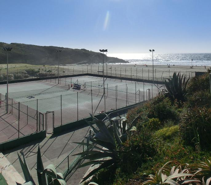 Tennis courts and 5-a-side football pitches, 5 mins walk away