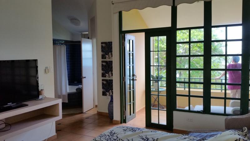 Master bed with en suite
