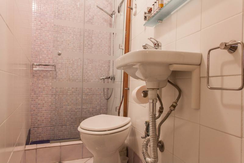 Garden Studio Bathroom