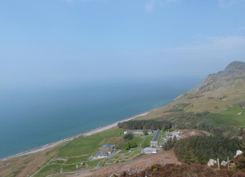 L'unica valle di Nant Gwrtheyrn è una vista notevole
