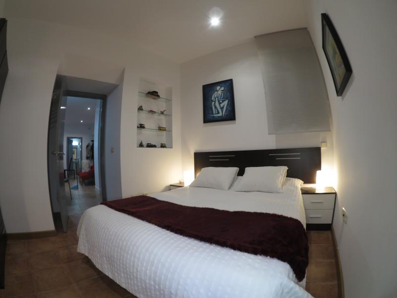 apartamento Detrás de la Catedral, holiday rental in Abades