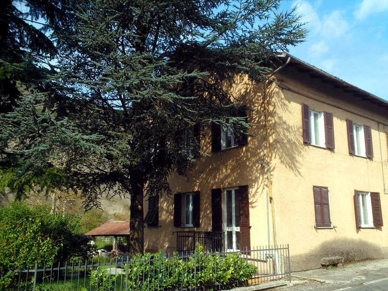 Alloggio a 20 minuti di auto dal Serravalle Outlet, holiday rental in Province of Alessandria