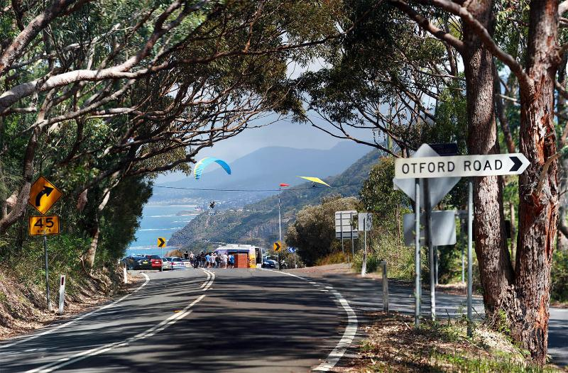 30 metres from the famous Bald Hill Lookout and 5 minute drive from Stawell Park Beach