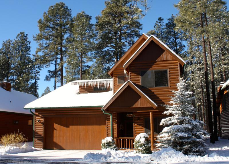 Enjoy a fabulous stay at The Knab Family Cabin'....your home away from home in the White Mountains!