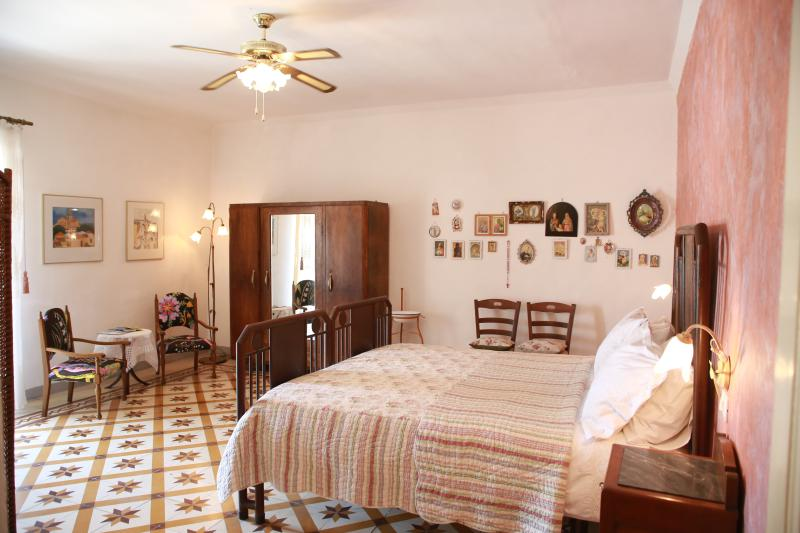 Tintilia - The biggest room with 3-beds is located on the second floor, perfect as a family room.