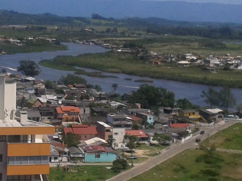 Rio Mampituba visto do banheiro