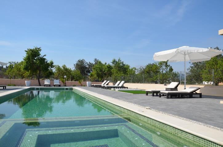 Villa Cabana, holiday rental in Cala Llonga