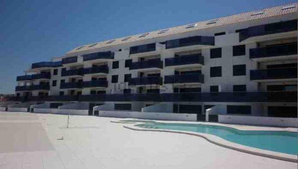 Résidence vue terrasse et piscine