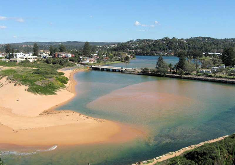 The world famous North Narrabeen beach & lake - only a few minutes drive from our place!