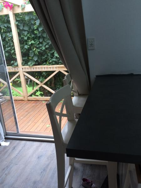 Cozy Self contained flat close to Narrabeen beach, location de vacances à Mona Vale