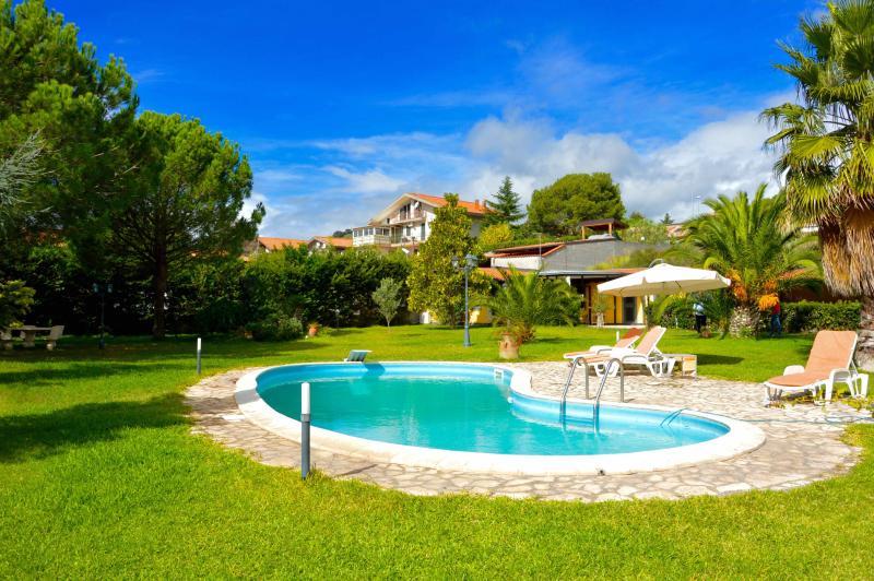 Ninfea, vacation rental in San Pietro Clarenza