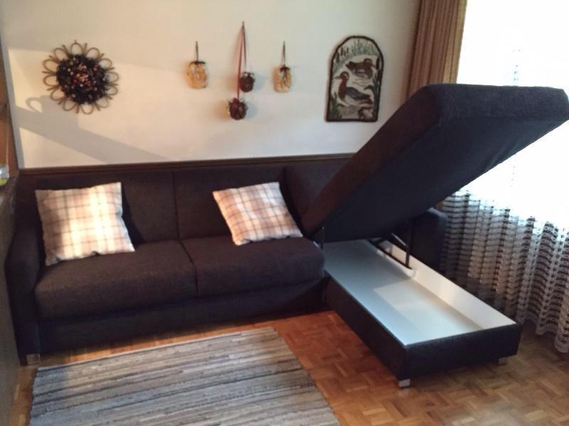 Chaise longue mit Stauraum für Bettzeug