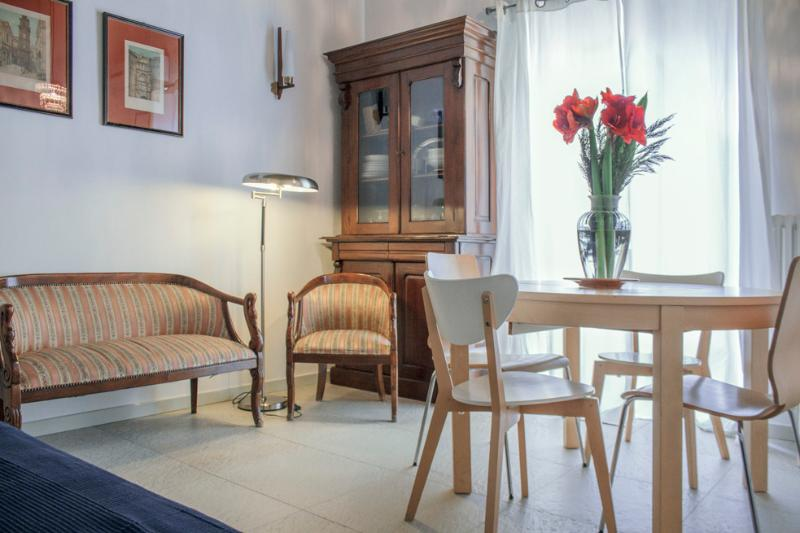 Sangregorio flat napoli: At home in the old Naples, holiday rental in Naples