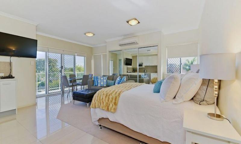 Suttons Beach Apartments Unit 7a, vacation rental in Deception Bay