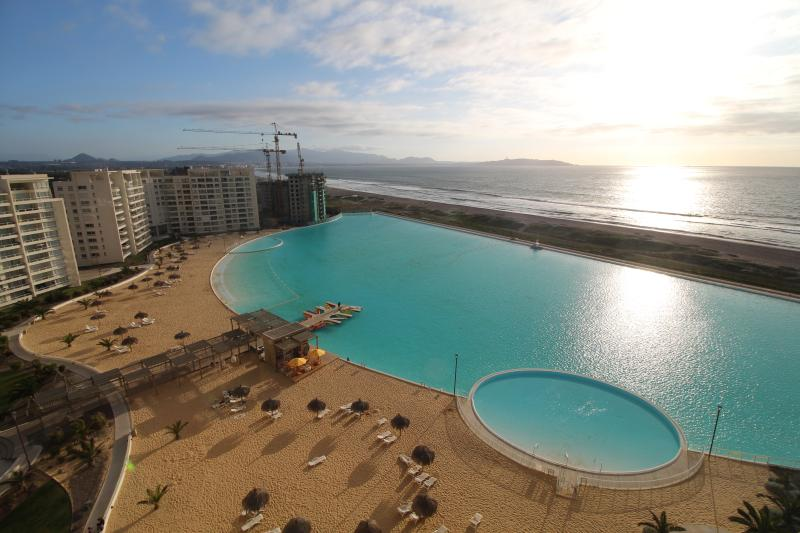 Laguna del Mar 2 bedrooms 2 baths with sea views, vacation rental in La Serena