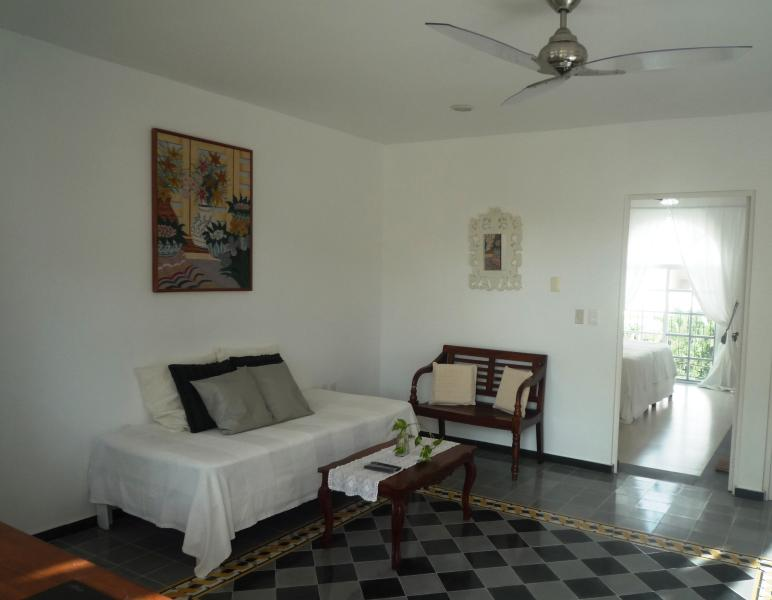 """""""Sunny Dreams -Lovely Mexican apartment, holiday rental in Playa del Carmen"""