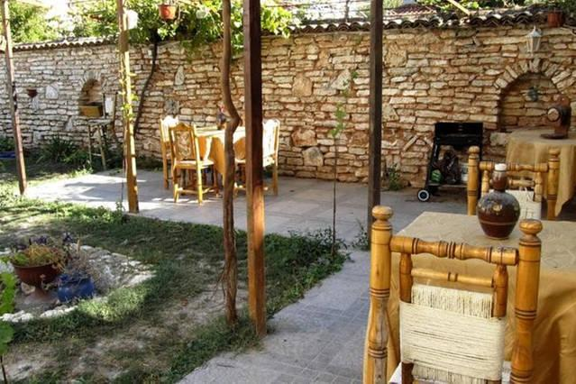 Bulgaria's Black Sea 5 En-Suite Rooms for up to 11 person private stay, Family and Group Holidays