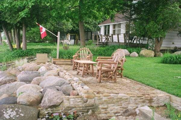 Baja patio... ideal para la hora feliz