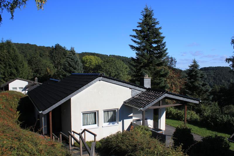 EifelLandhaus - erholsame Ferien in der Südeifel, casa vacanza a Koerperich