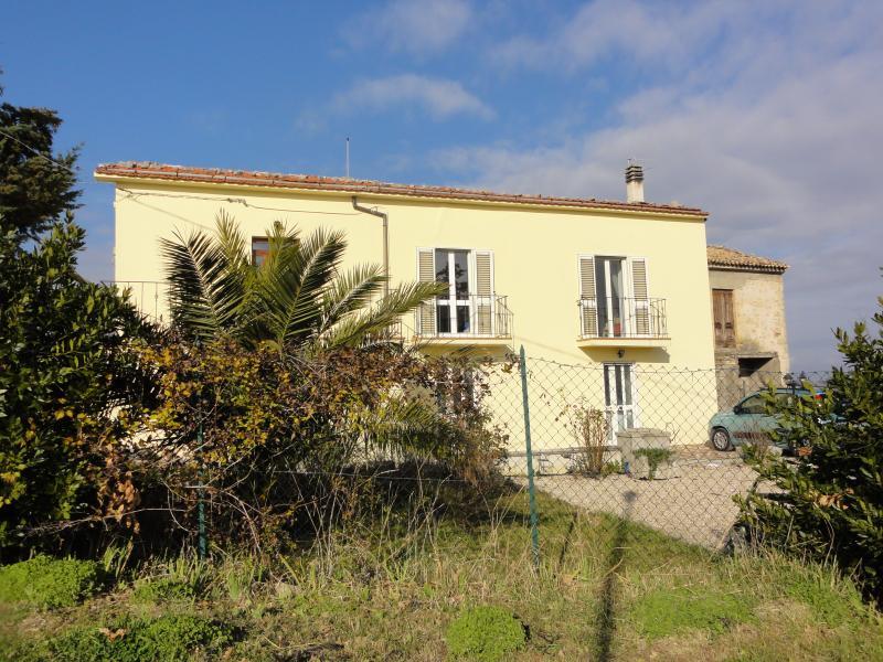 Casa Cara, vacation rental in Navelli